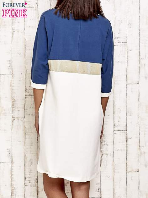 Niebieska sukienka dresowa z kryształkami i dżetami                                  zdj.                                  4