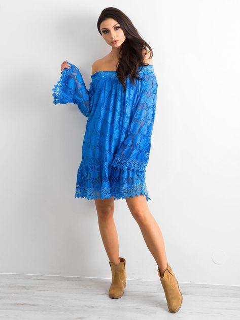 Niebieska sukienka hiszpanka z szerokimi rękawami                              zdj.                              4