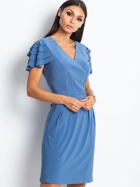 Niebieska sukienka koktajlowa z falbankami na rękawach                              zdj.                              1