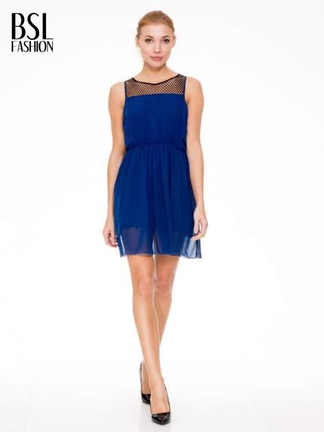 Niebieska sukienka z koronkowym karczkiem                                  zdj.                                  2