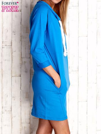 Niebieska sukienka z troczkami                              zdj.                              3