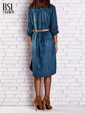 Niebieska zamszowa sukienka z rozcięciami po bokach                                  zdj.                                  4