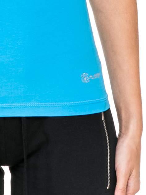 Niebieski damski t-shirt sportowy z dżetami                                  zdj.                                  6