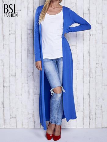 Niebieski gładki sweter z otwartym dekoltem                                  zdj.                                  1