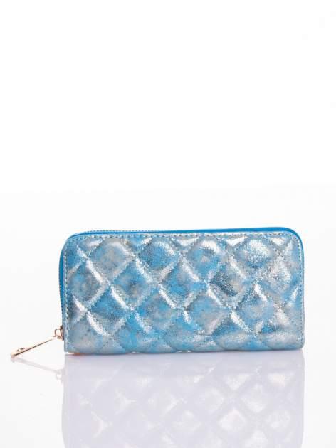 Niebieski pikowany portfel