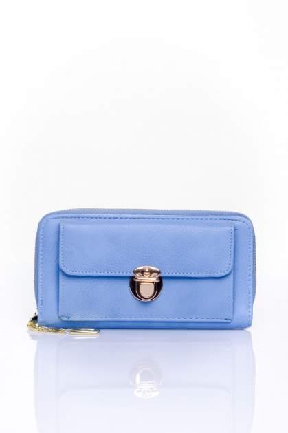 Niebieski portfel ze złotym zapięciem                                  zdj.                                  1