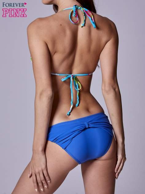 Niebieski stanik od bikini w kwiaty wiązany na szyi                                  zdj.                                  3