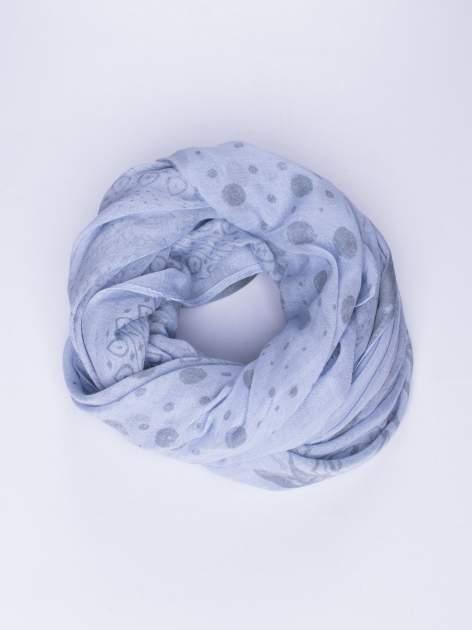 Niebieski szal w orientalny wzór, kropki i kwiaty                                  zdj.                                  1