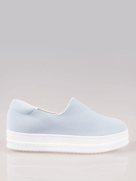 Niebieskie buty slip on na wysokiej podeszwie                                  zdj.                                  1