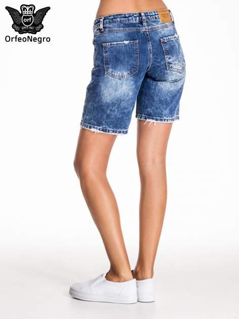 Niebieskie jeansowe szorty z dłuższą nogawką                                  zdj.                                  4