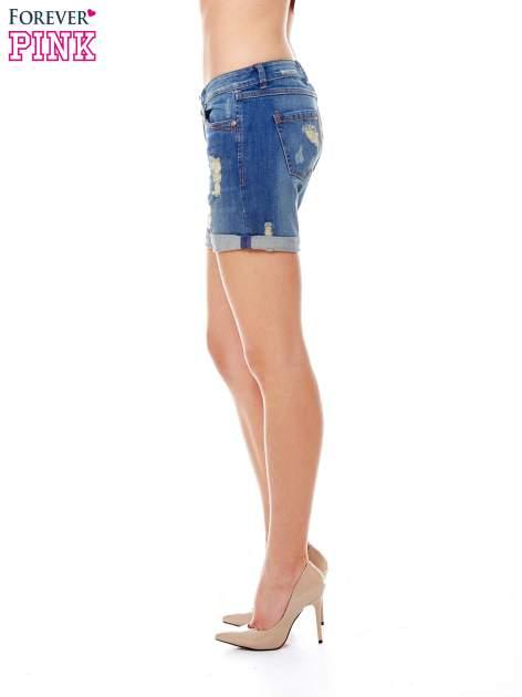 Niebieskie jeansowe szorty z podwijanymi nogawkami                                  zdj.                                  3