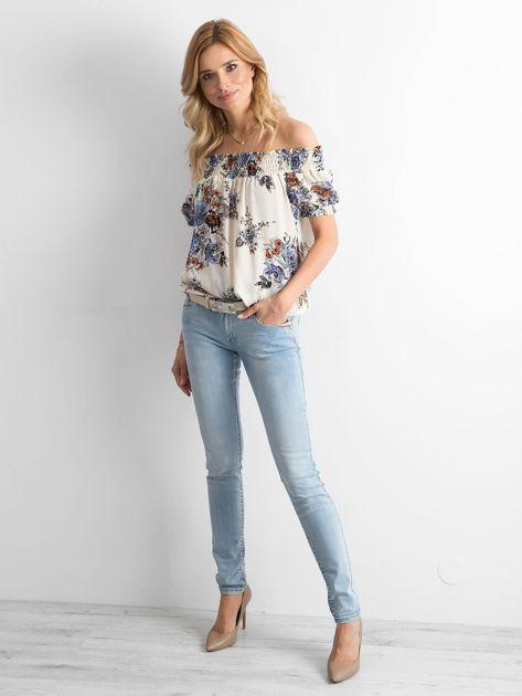 Niebieskie jeansy regular z efektem sprania                              zdj.                              4