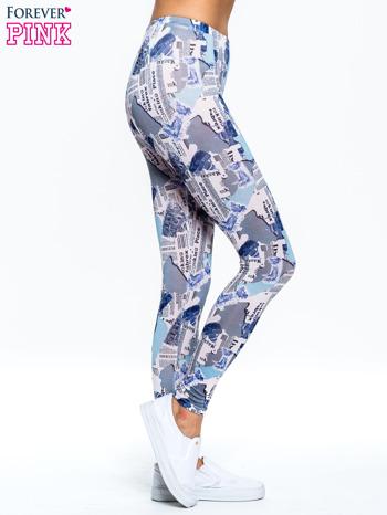 Niebieskie legginsy z motywem newspaper print                                  zdj.                                  3