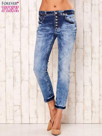Niebieskie marmurkowe spodnie boyfriend jeans                                  zdj.                                  1