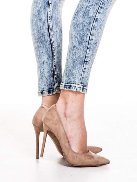 Niebieskie spodnie skinny jeans marmurki z rozjaśnianą nogawką                                  zdj.                                  6
