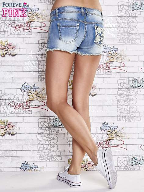 Niebieskie szorty jeansowe z koronką                                  zdj.                                  3