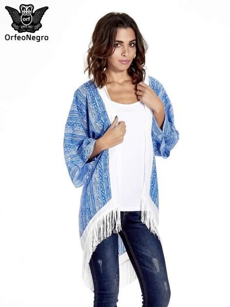 Niebieskie wzorzyste kimono z frędzlami w stylu boho                                  zdj.                                  1