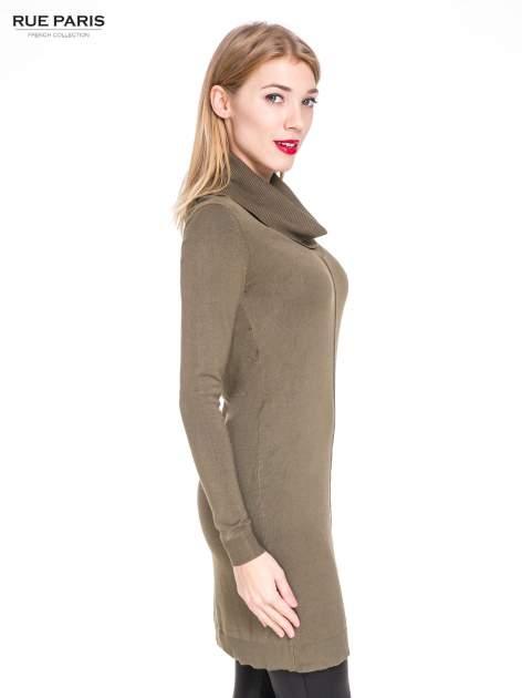 Oliwkowa swetrowa sukienka z golfem                                  zdj.                                  3