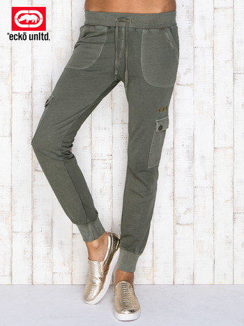 Oliwkowe spodnie dresowe z kieszeniami