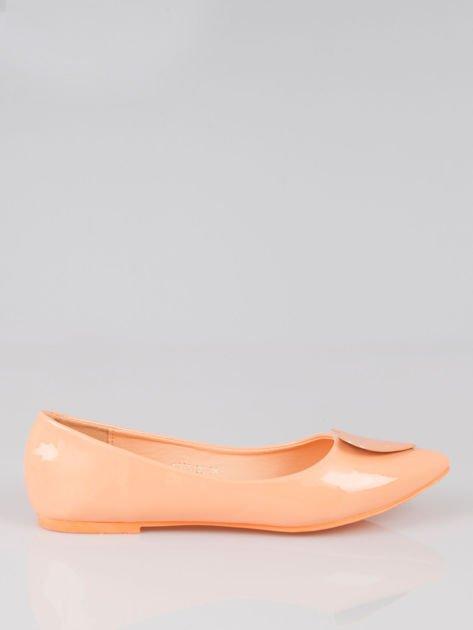 Pastelowopomarańczowe baleriny Dazzle Love z sercem                                  zdj.                                  1