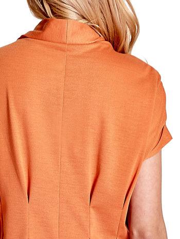 Pomarańczowa drapowana sukienka z kieszeniami                                  zdj.                                  7