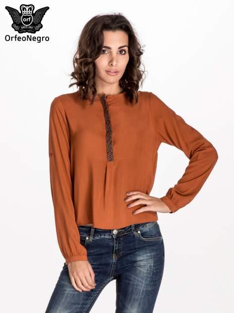 Pomarańczowa koszula ze wzorzystą wstawką w stylu etno                                  zdj.                                  1