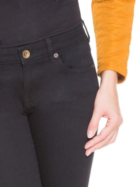 Pomarańczowa pikowana bluzka cropped                                  zdj.                                  6