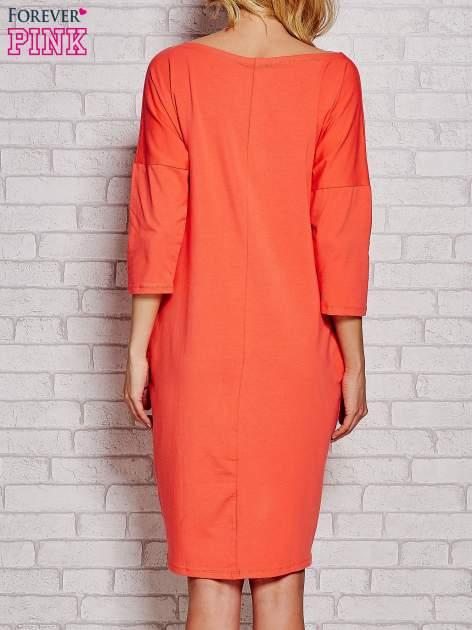 Pomarańczowa prosta sukienka dresowa                                  zdj.                                  4