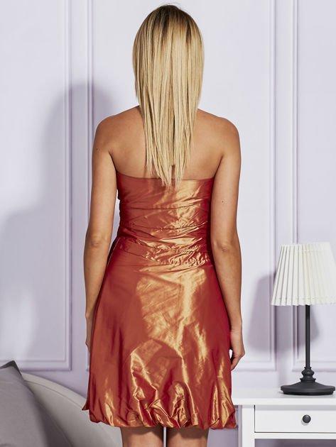 Pomarańczowa sukienka bombka z połyskiem                              zdj.                              2