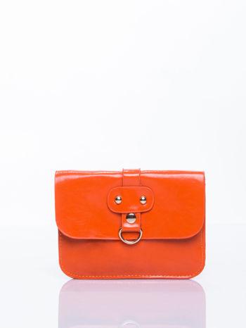 Pomaranczowa torebka listonoszka z klapką                                  zdj.                                  1