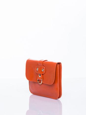 Pomaranczowa torebka listonoszka z klapką                                  zdj.                                  3