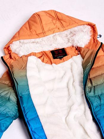 Pomarańczowo-niebieska kurtka ombre z futrzanym kołnierzem                                  zdj.                                  8