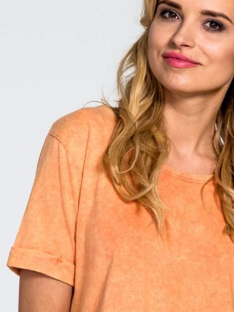 Pomarańczowy dekatyzowany t-shirt cropped                                  zdj.                                  5