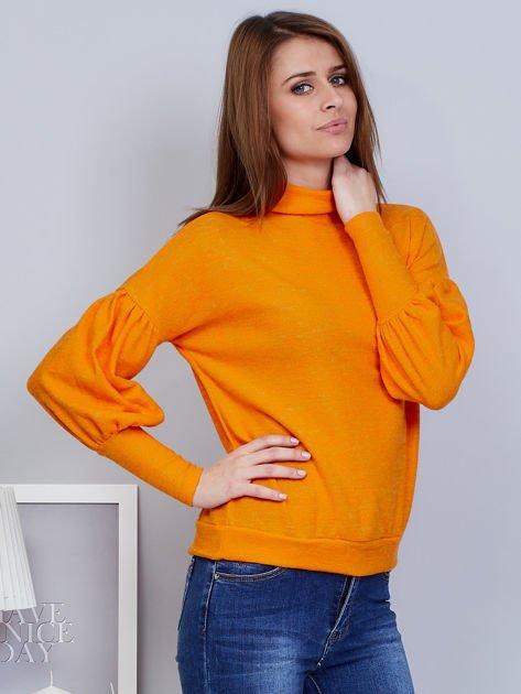 Pomarańczowy sweter z szerokimi rękawami                              zdj.                              5