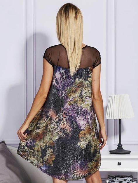Rozkloszowana sukienka z cekinami                              zdj.                              2
