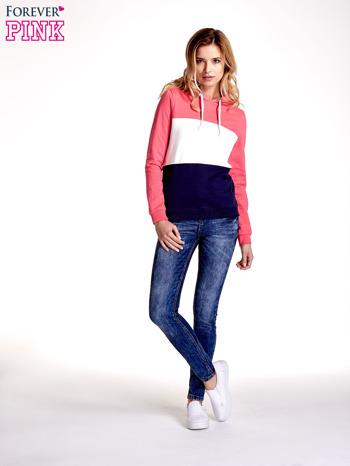 Różowa bluza z kapturem z białym i granatowym wykończeniem                                  zdj.                                  8