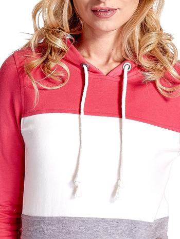 Różowa bluza z kapturem z białym i szarym wykończeniem                                  zdj.                                  4