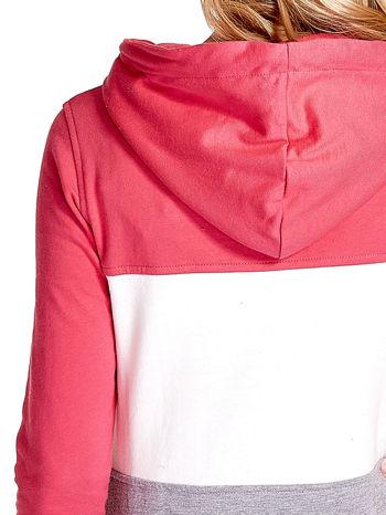 Różowa bluza z kapturem z białym i szarym wykończeniem                                  zdj.                                  7