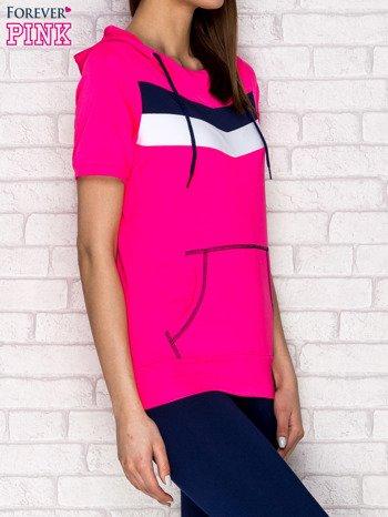 Różowa bluza z krótkim rękawem i kapturem