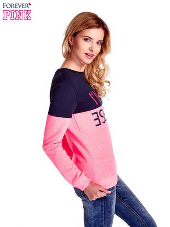 Różowa bluza z napisem I'M SO ADVERSE                                  zdj.                                  3