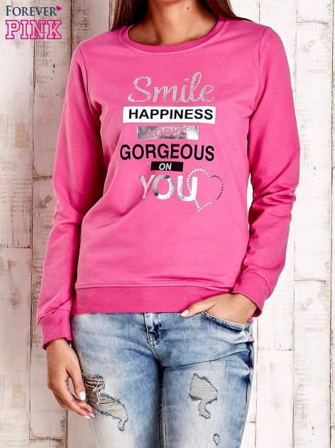 Różowa bluza z napisem SMILE HAPPINESS LOOKS GORGEOUS ON YOU                                  zdj.                                  1