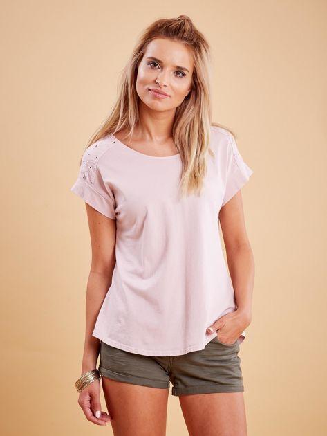 Różowa bluzka z guzikami z tyłu                              zdj.                              1
