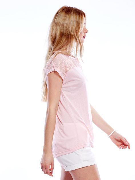 Różowa bluzka z koronkową górą                              zdj.                              3