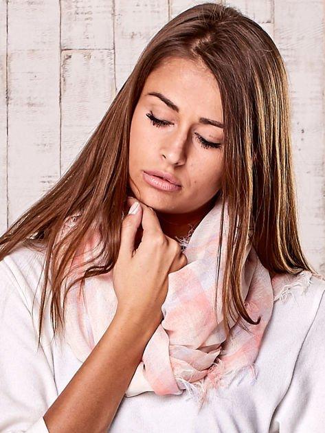Różowa chusta w kratę                                  zdj.                                  2