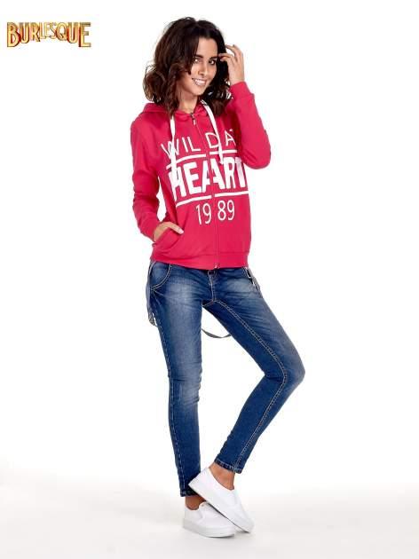 Różowa damska bluza z kapturem i napisem WILD AT HEART 1989                                  zdj.                                  4