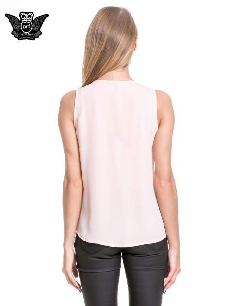 Różowa elegancka koszula z żabotem                                  zdj.                                  4