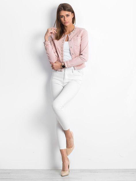 Różowa jeansowa kurtka z aplikacją                              zdj.                              4