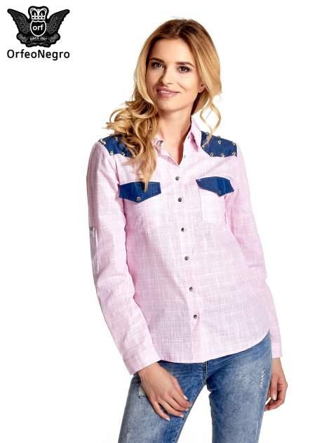 Różowa koszula w kratę ze wstawkami na ramionach i patkami z denimu                                  zdj.                                  1