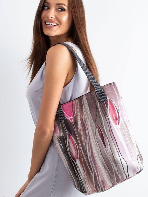 Różowa materiałowa torba we wzory