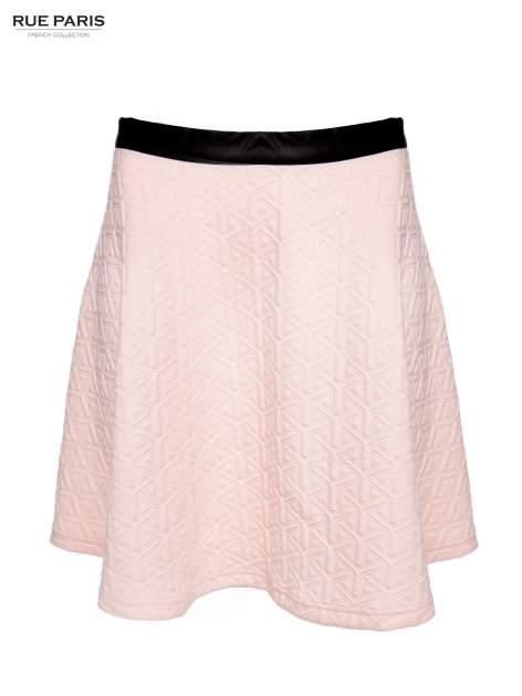 Różowa rozkloszowana spódnica ze skórzanym pasem z dzianiny wytłaczanej w geometryczny wzór                                  zdj.                                  2